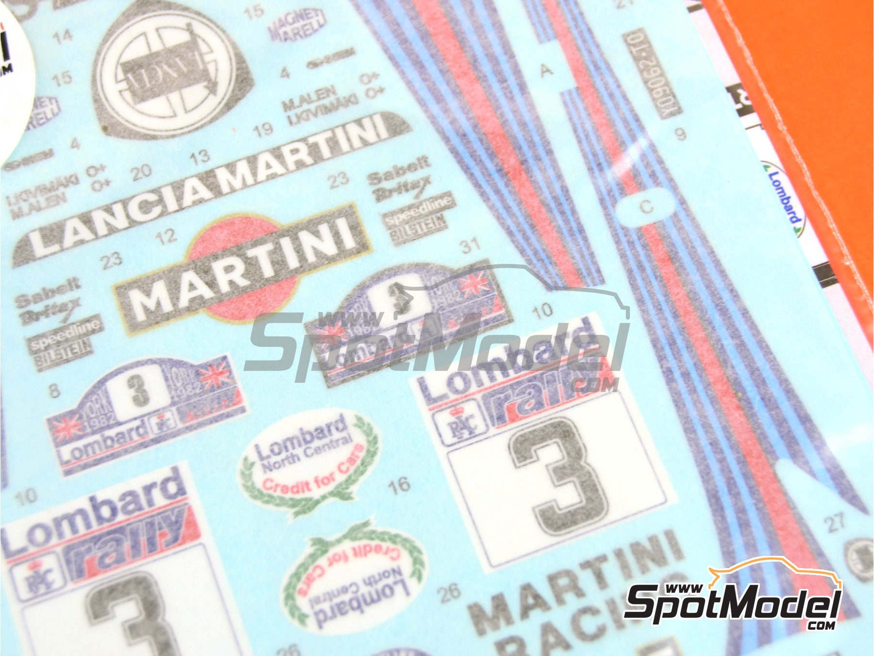 Image 3: Lancia 037 Rally Martini - Great Britain RAC Rally 1982 | Marking / livery in 1/24 scale manufactured by Reji Model (ref. REJI-211)
