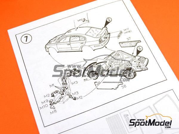 Image 27: Skoda Octavia WRC Castrol - Great Britain RAC Rally 1999 | Model car kit in 1/24 scale manufactured by Reji Model (ref.REJI-2408B, also 2408B)
