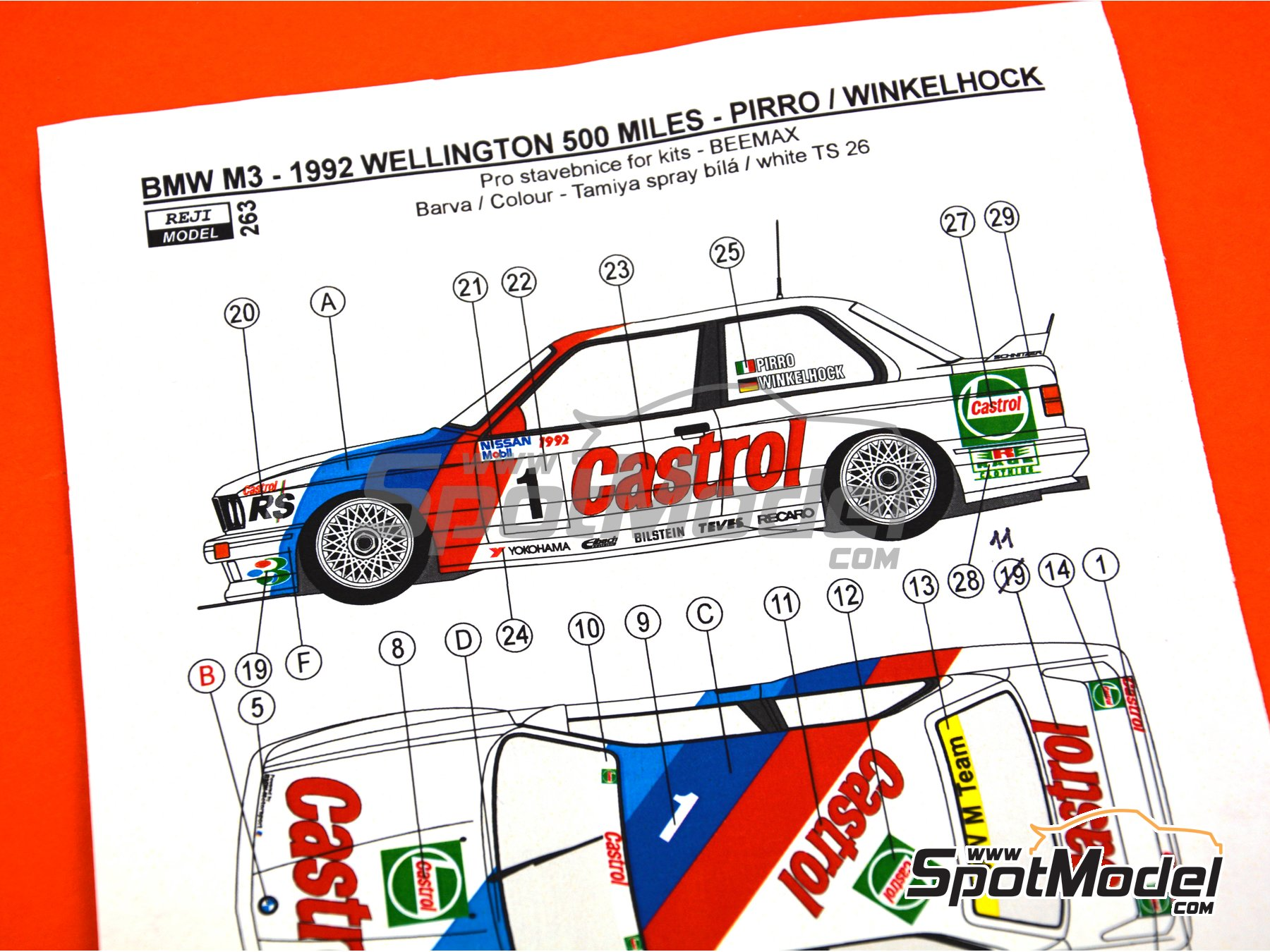 Image 3: BMW M3 E30 - 500 Millas de Wellington 1992 | Decoración en escala 1/24 fabricado por Reji Model (ref. REJI-263)