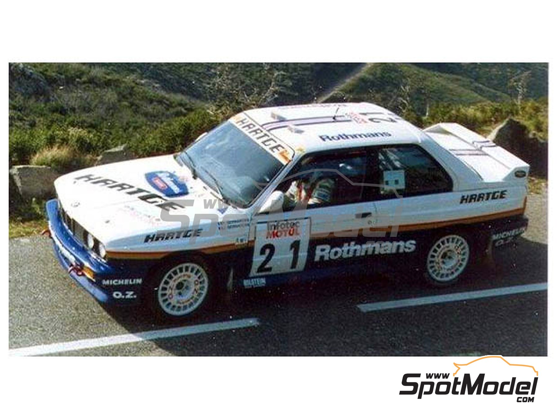 Image 2: BMW M3 E30 - Rally Tour de Corse 1989 | Decoración en escala 1/24 fabricado por Reji Model (ref. REJI-264)