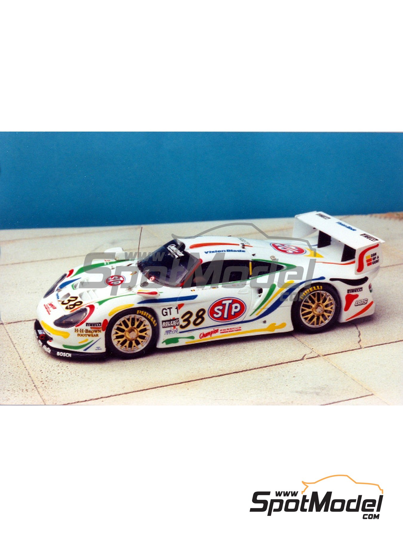 renaissance models model car kit 1 43 scale porsche 911 gt1 stp champion. Black Bedroom Furniture Sets. Home Design Ideas