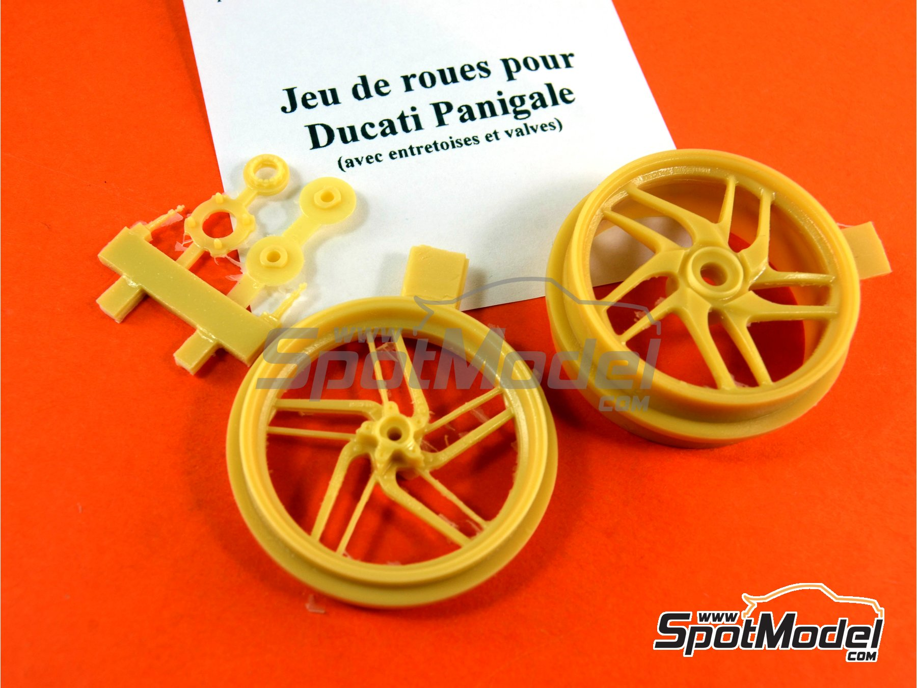 Image 2: Ducati 1199 Panigale S | Rims in 1/12 scale manufactured by Renaissance Models (ref.12AM-009)