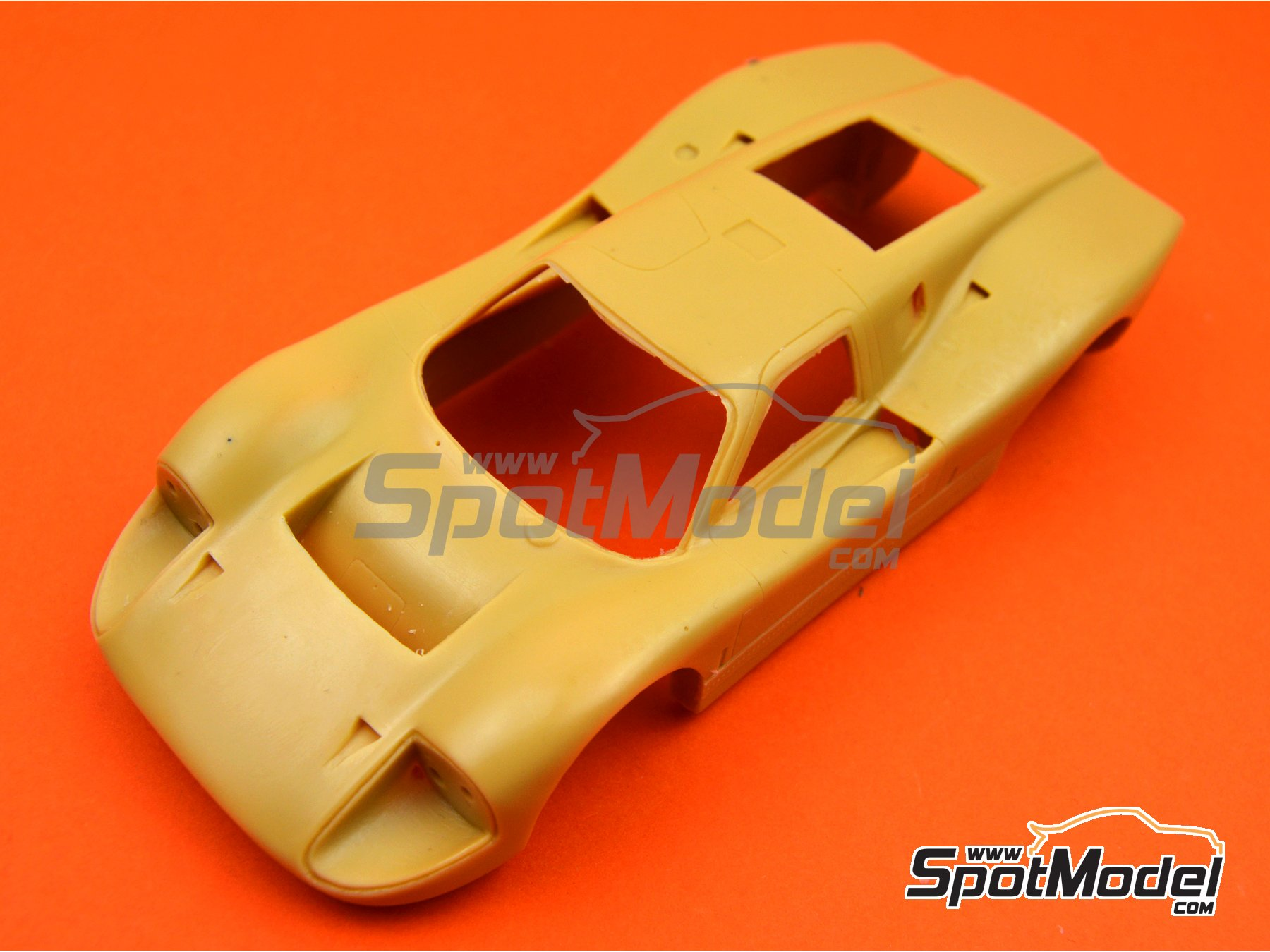 Image 3: Ford GT40 Mk IV | Bodywork in 1/24 scale manufactured by Renaissance Models (ref. 24-16-BODY)