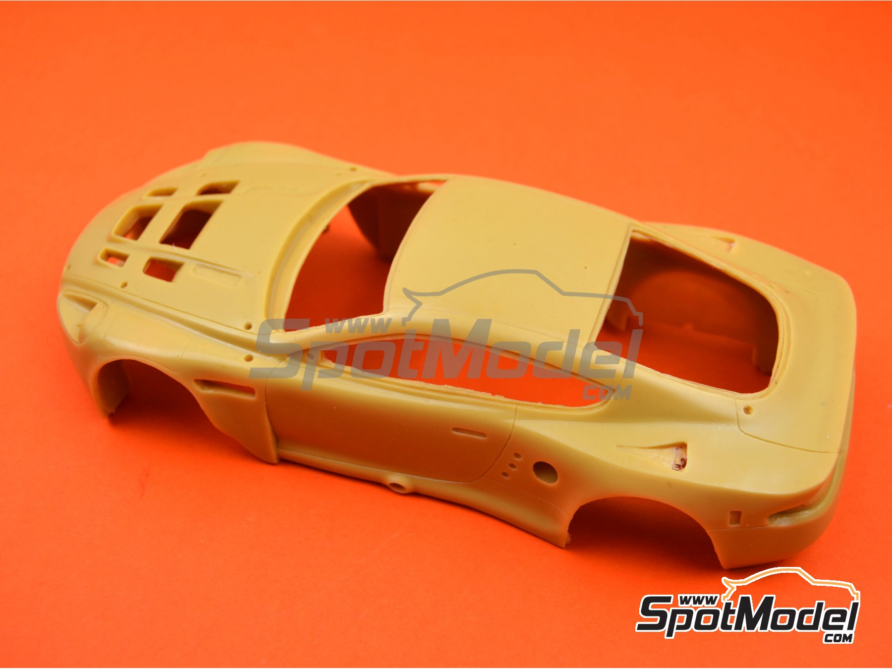 Image 3: Aston Martin DBR9 | Bodywork in 1/24 scale manufactured by Renaissance Models (ref. 24-24-BODY)