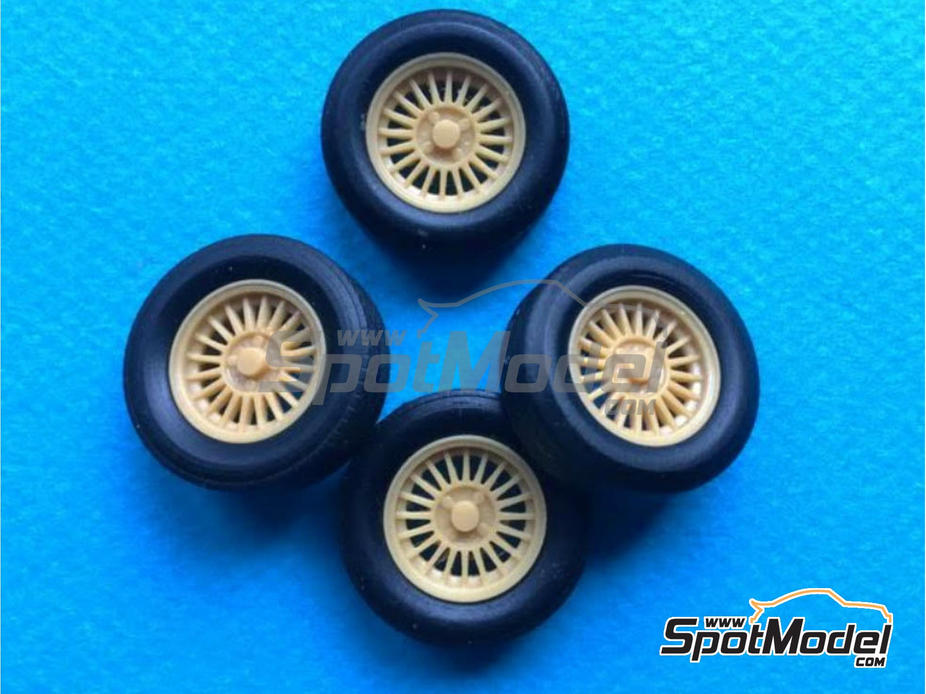 Image 1: Alpina 13 inches 4 nuts | Rims and tyres set in 1/24 scale manufactured by Renaissance Models (ref.24BMALP)