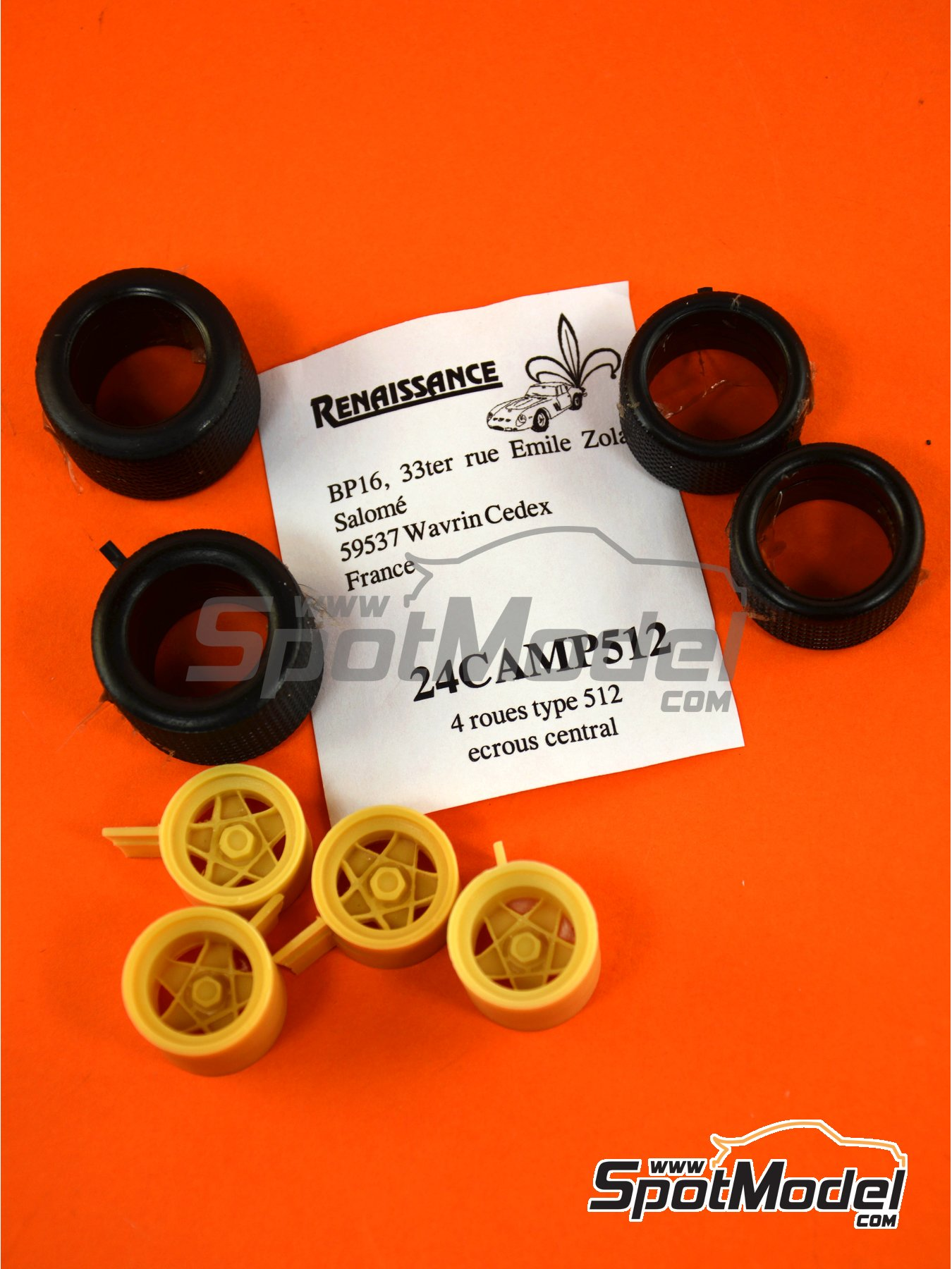 Campagnolo 15 inches | Rims and tyres set in 1/24 scale manufactured by Renaissance Models (ref. 24CAMP512) image