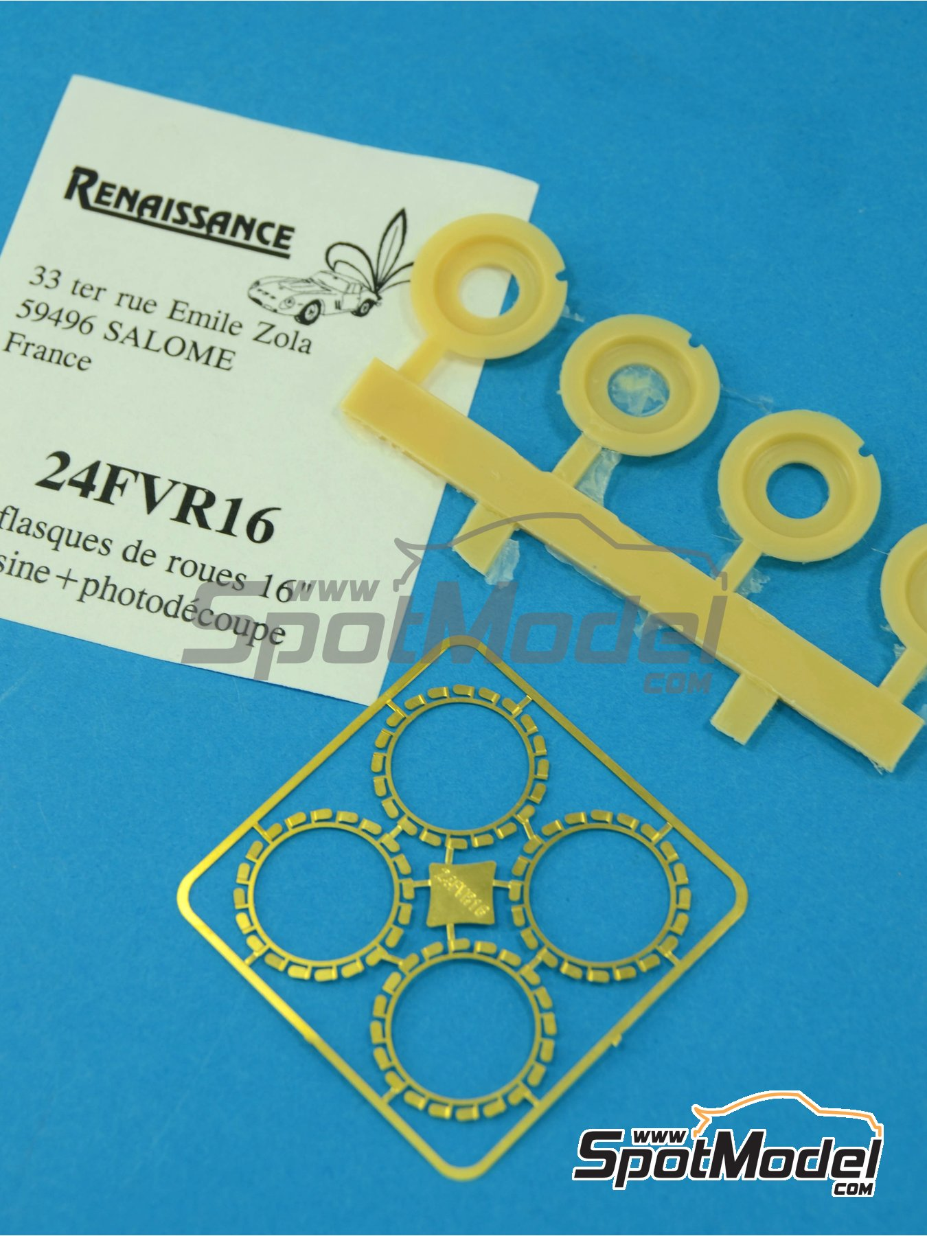 Flasques for 16 inches rims | Detail in 1/24 scale manufactured by Renaissance Models (ref.24FVR16) image