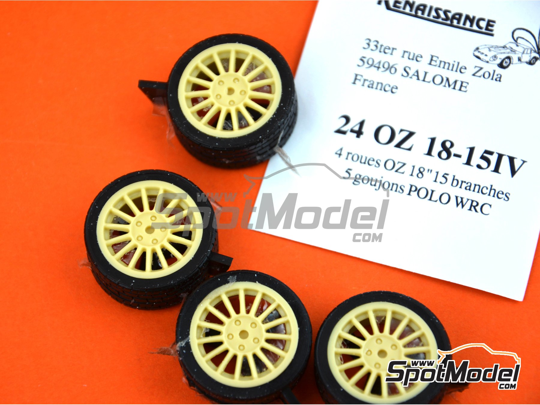 Image 2: OZ 18 inches 15 arms 5 nuts | Rims and tyres set in 1/24 scale manufactured by Renaissance Models (ref. 24OZ18-15-IV)