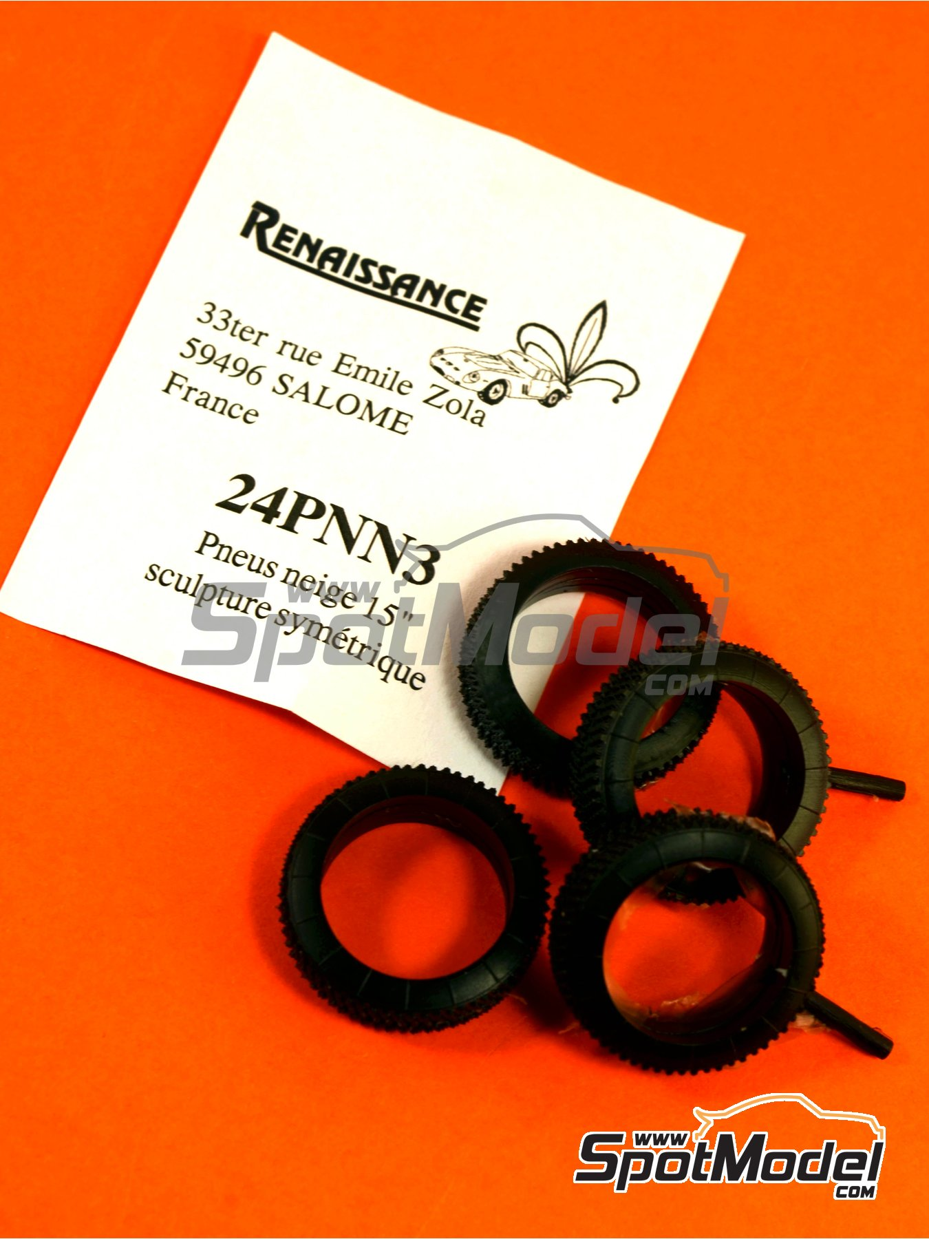 15 inches snow symmetric tyres | Tyre set in 1/24 scale manufactured by Renaissance Models (ref.24PNN3) image