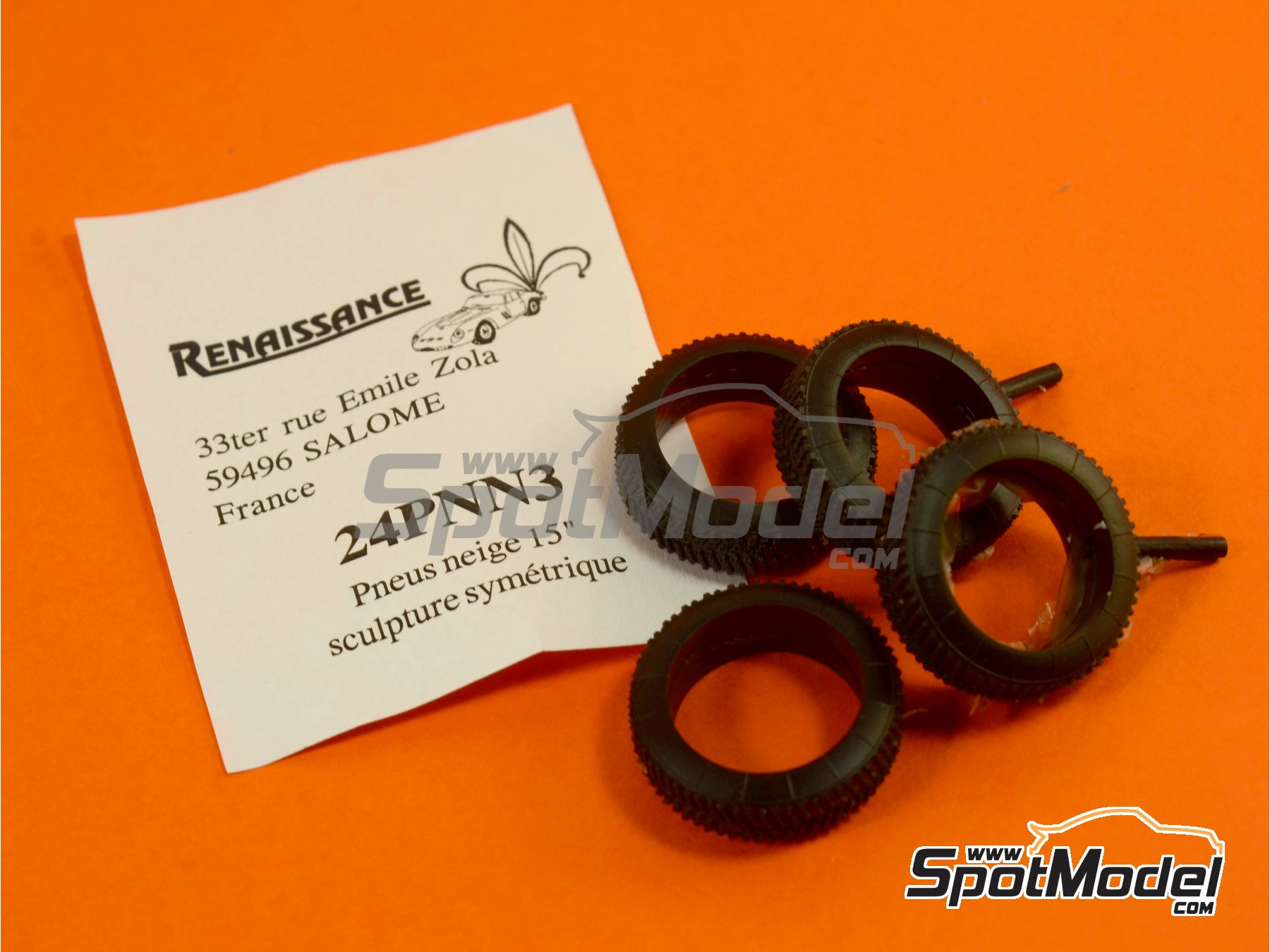 Image 4: 15 inches snow symmetric tyres | Tyre set in 1/24 scale manufactured by Renaissance Models (ref.24PNN3)