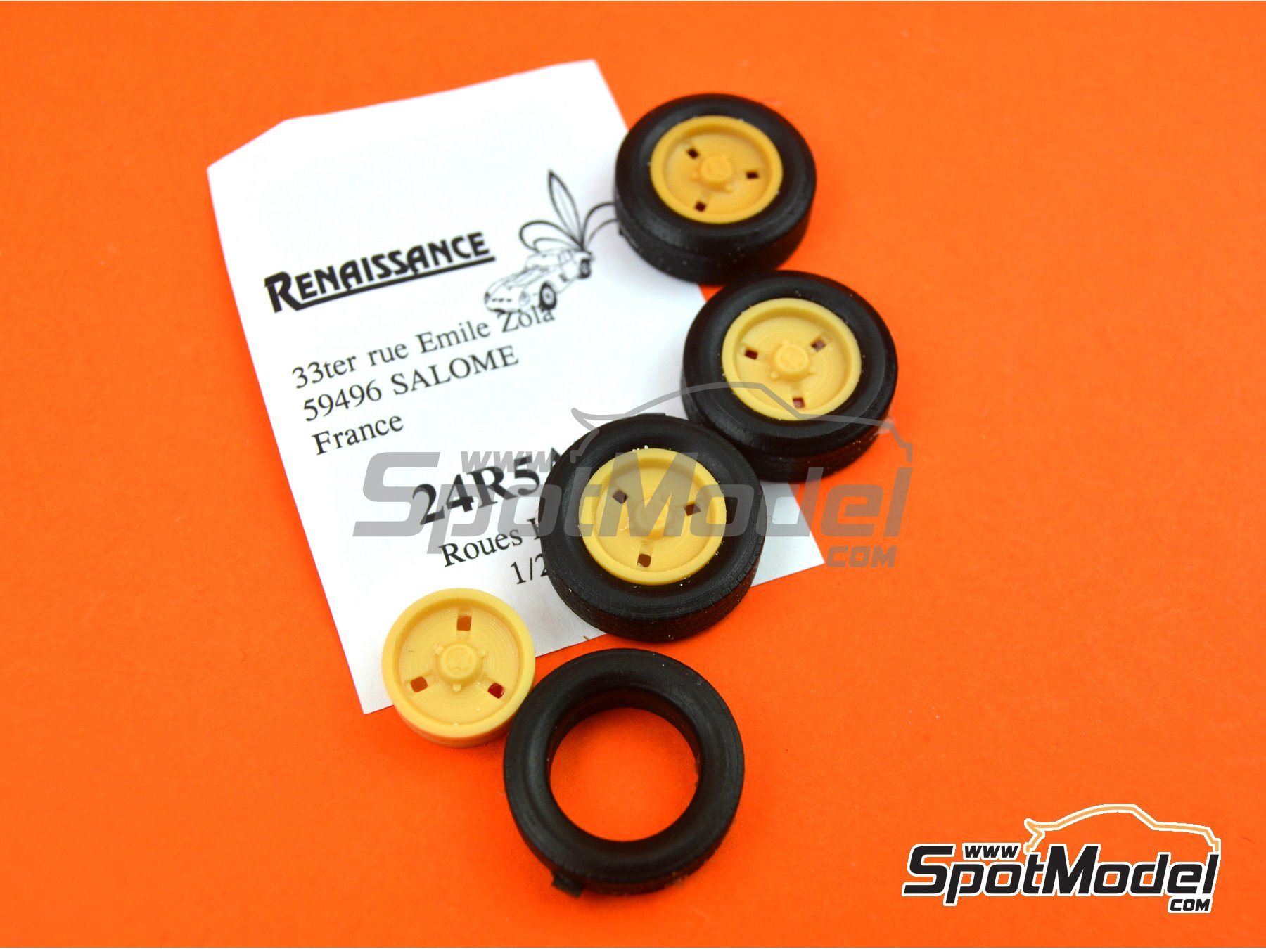 Image 4: Alpine French | Rims and tyres set in 1/24 scale manufactured by Renaissance Models (ref. 24R5ALP)