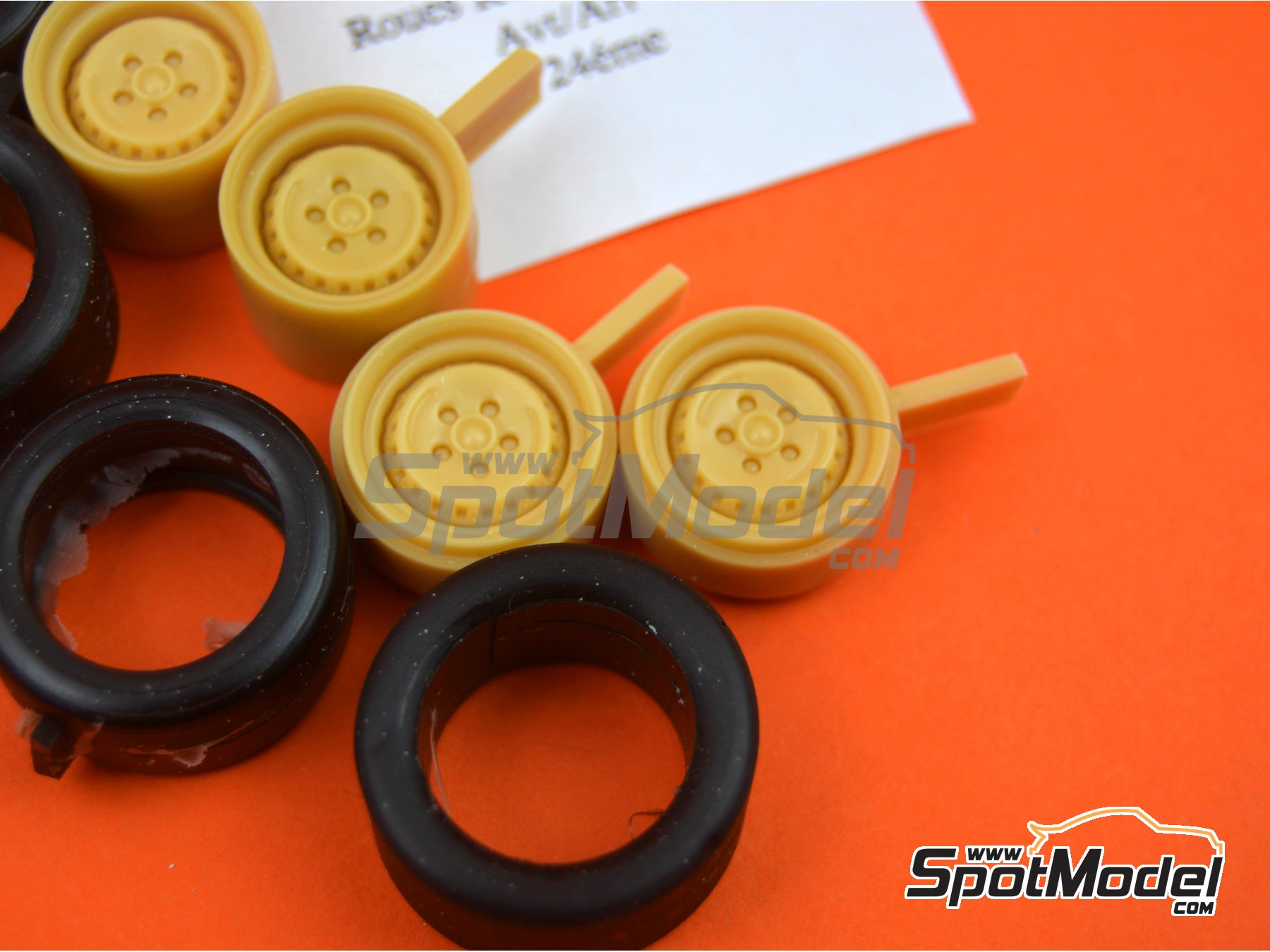 Image 4: Ronal Turbo with slicks | Rims and tyres set in 1/24 scale manufactured by Renaissance Models (ref. 24RON3)