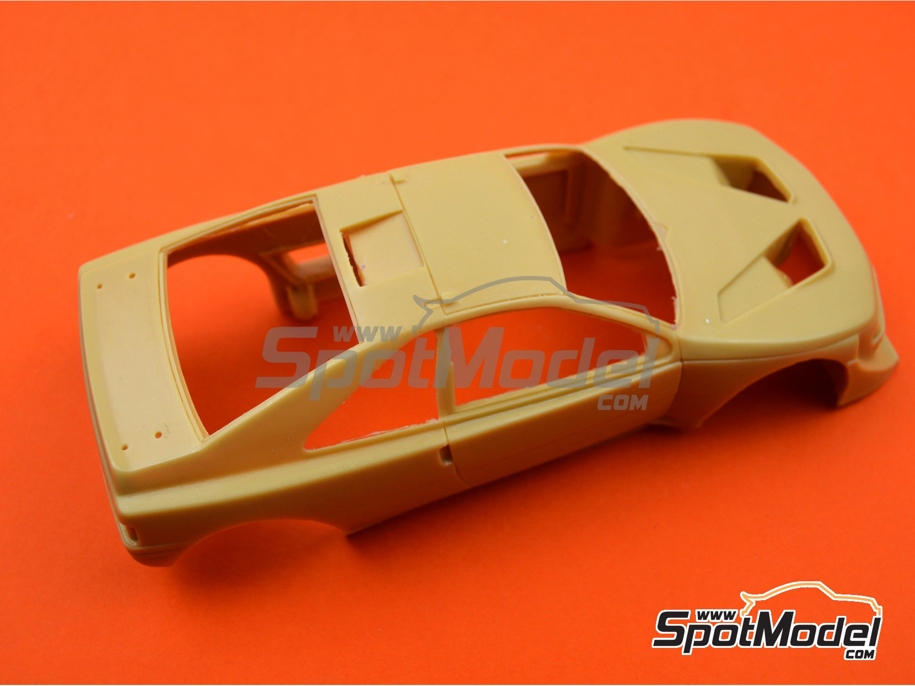 Image 2: Peugeot 405 T16 | Bodywork in 1/24 scale manufactured by Renaissance Models (ref.CTR2420-BODY)