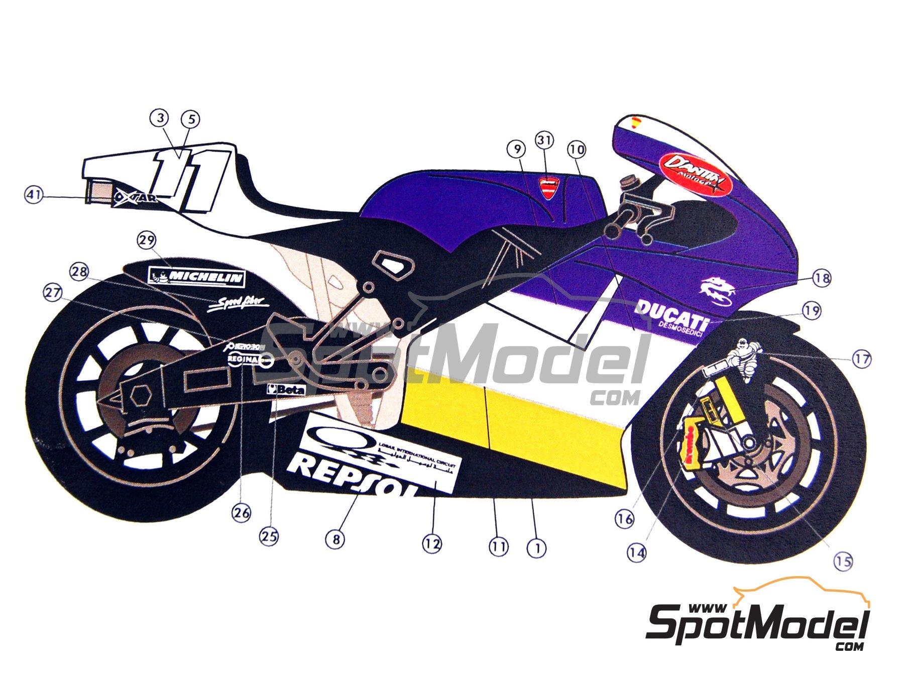 Image 8: Ducati Desmosedici GP3 | Decoración en escala1/12 fabricado por Renaissance Models (ref.MTK12-005)