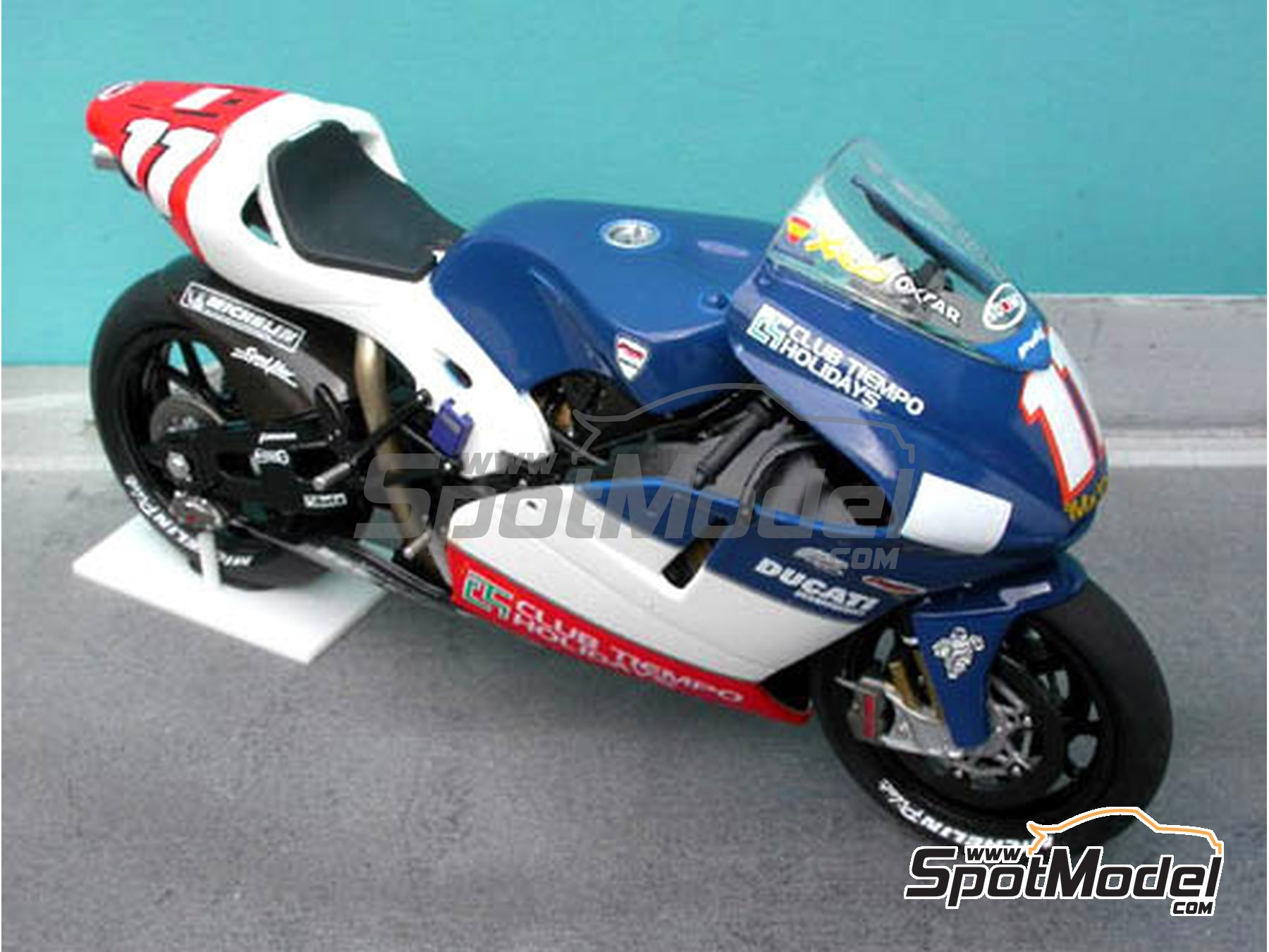 Image 12: Ducati Desmosedici GP3 | Marking / livery in 1/12 scale manufactured by Renaissance Models (ref. MTK12-005)