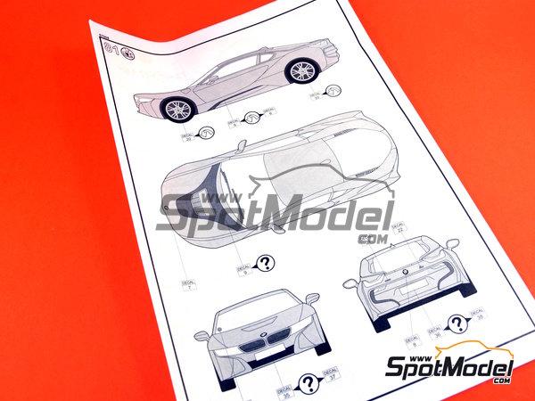 Image 19: BMW i8 | Maqueta de coche en escala1/24 fabricado por Revell (ref.REV07008, tambien 07008 y 80-7008)