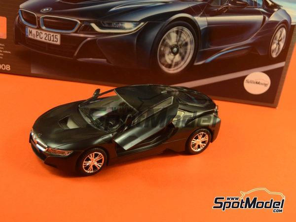 Image 24: BMW i8 | Maqueta de coche en escala1/24 fabricado por Revell (ref.REV07008, tambien 07008 y 80-7008)