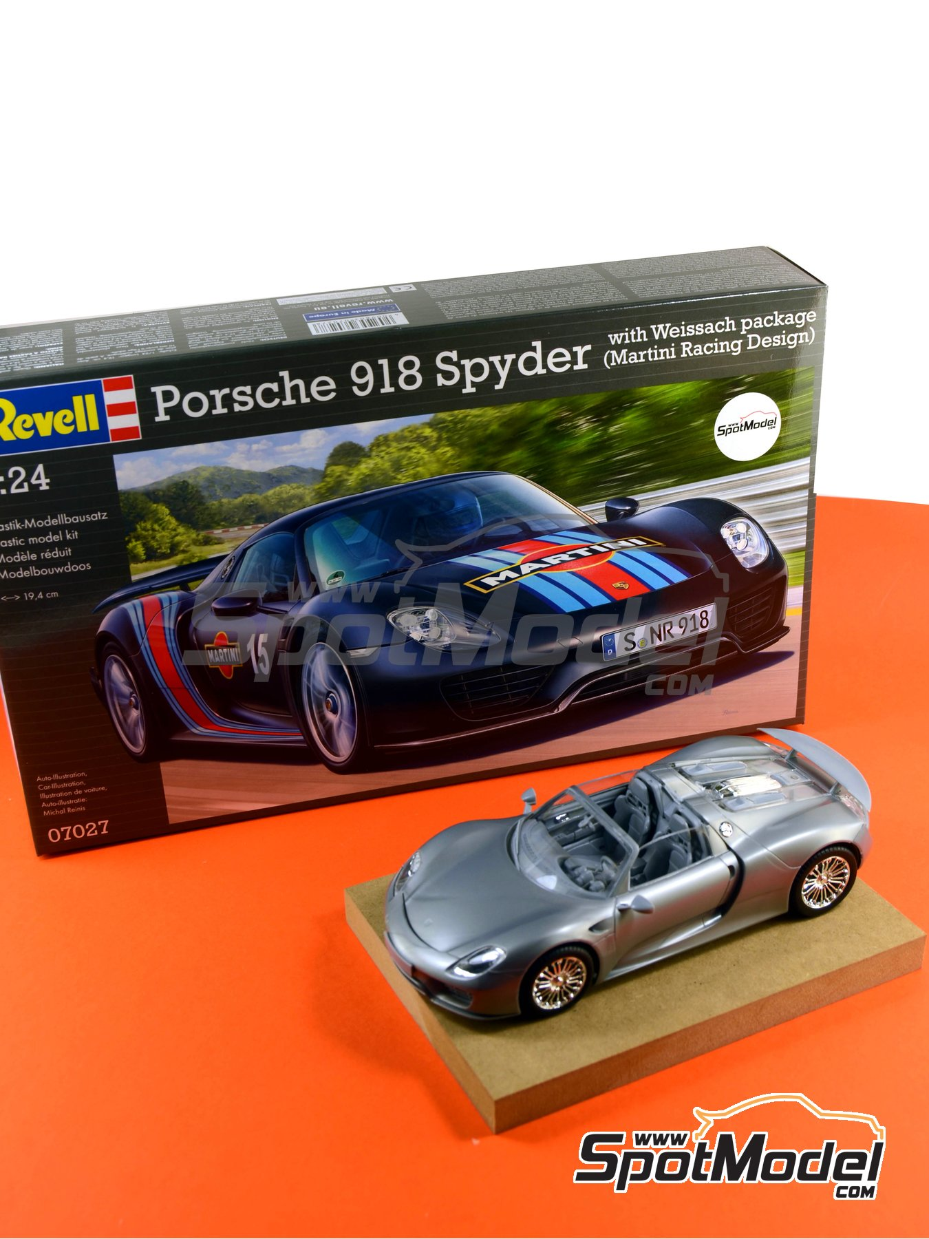 Porsche 918 Spyder Martini Racing Design   Weissach Sport Version | Model  Car Kit In 1