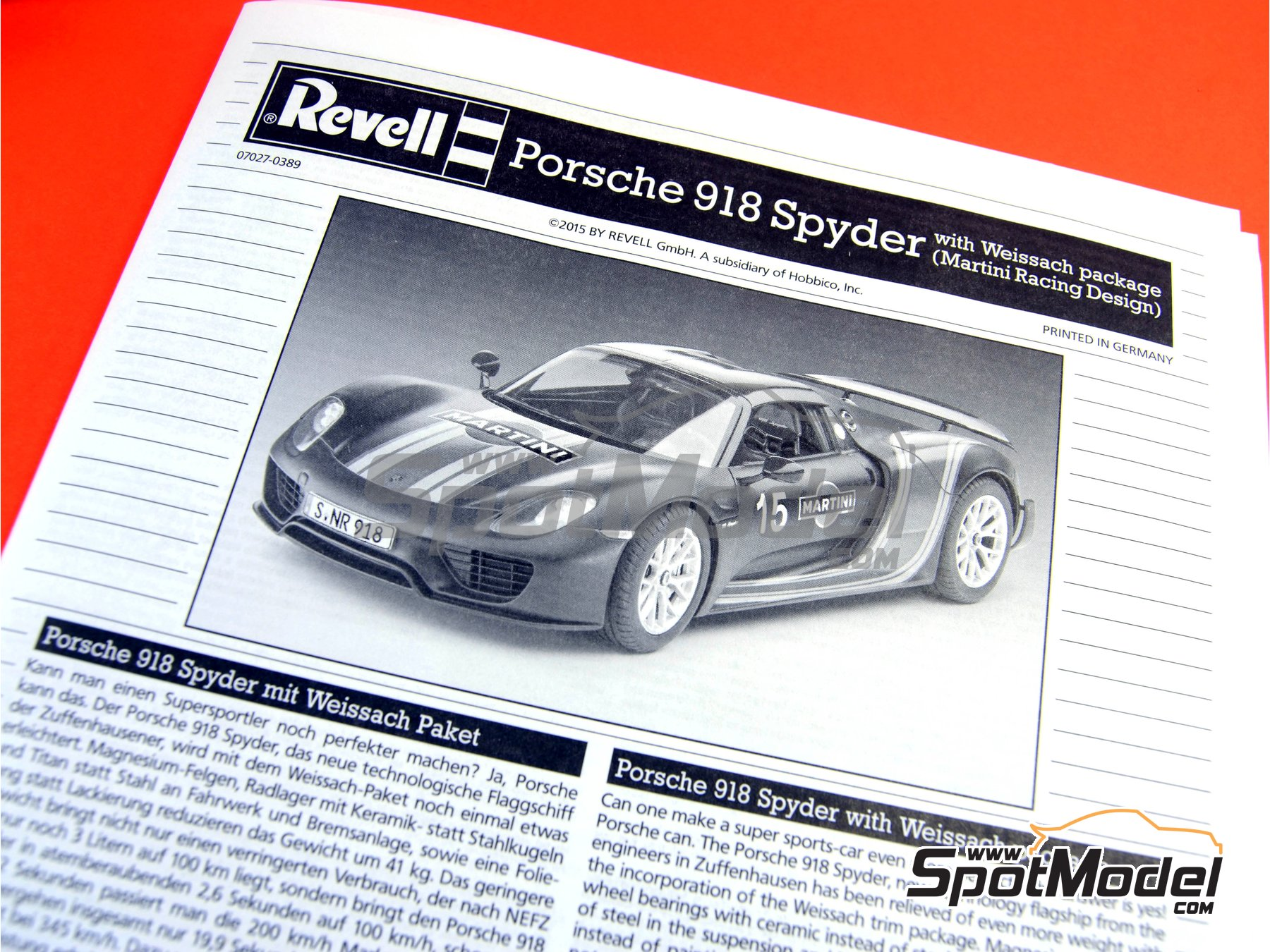 Image 18: Porsche 918 Spyder Martini Racing Design - Weissach sport version | Maqueta de coche en escala1/24 fabricado por Revell (ref.REV07027, tambien 07027 y 80-7027)