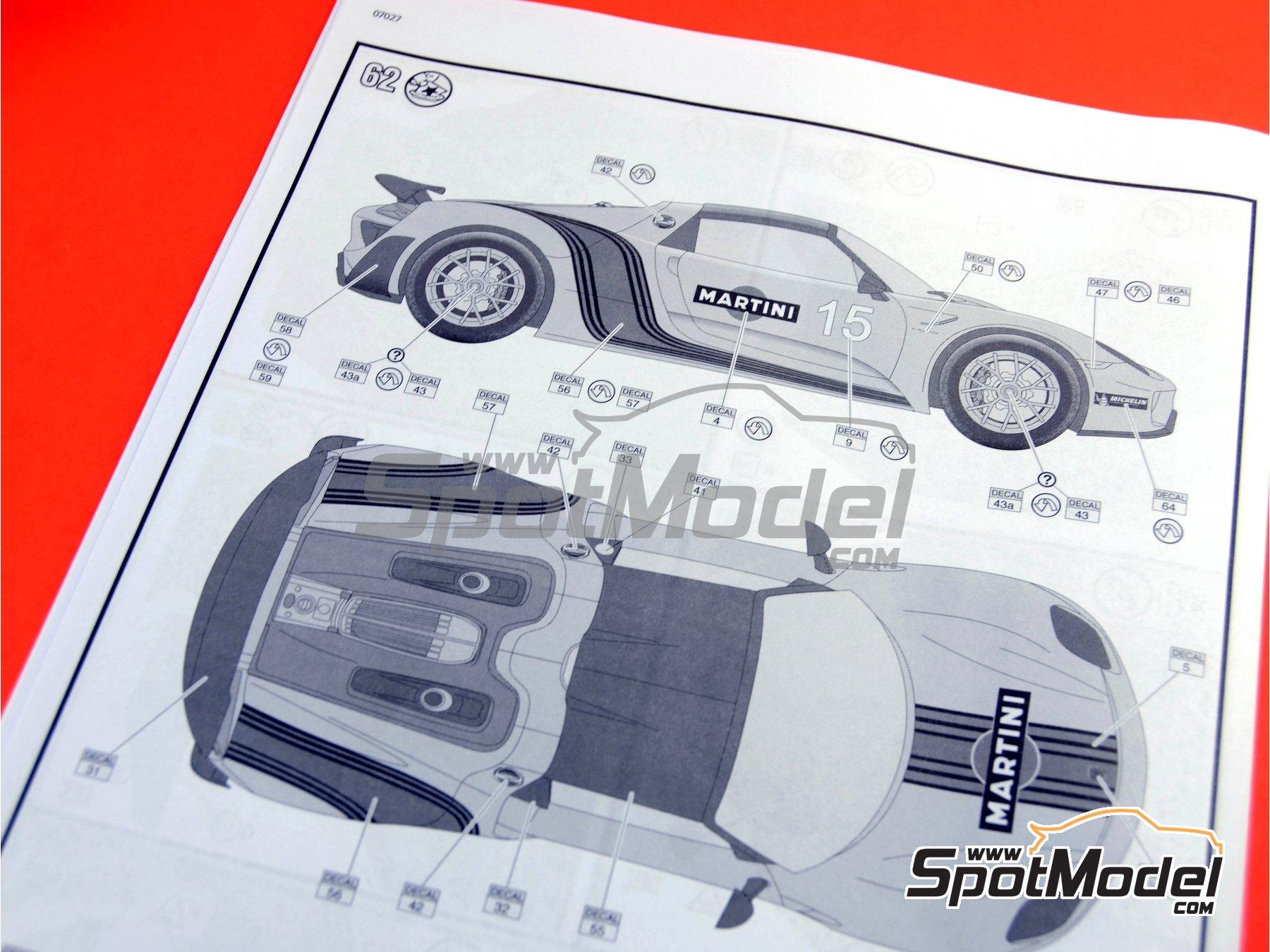 Image 22: Porsche 918 Spyder Martini Racing Design - Weissach sport version | Maqueta de coche en escala1/24 fabricado por Revell (ref.REV07027, tambien 07027 y 80-7027)