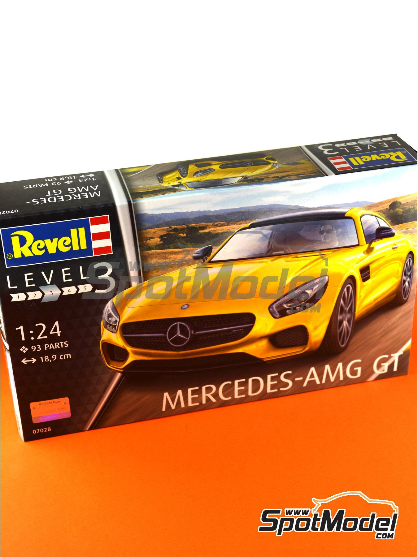 Mercedes Benz AMG GT | Model car kit in 1/24 scale manufactured by Revell (ref. REV07028) image