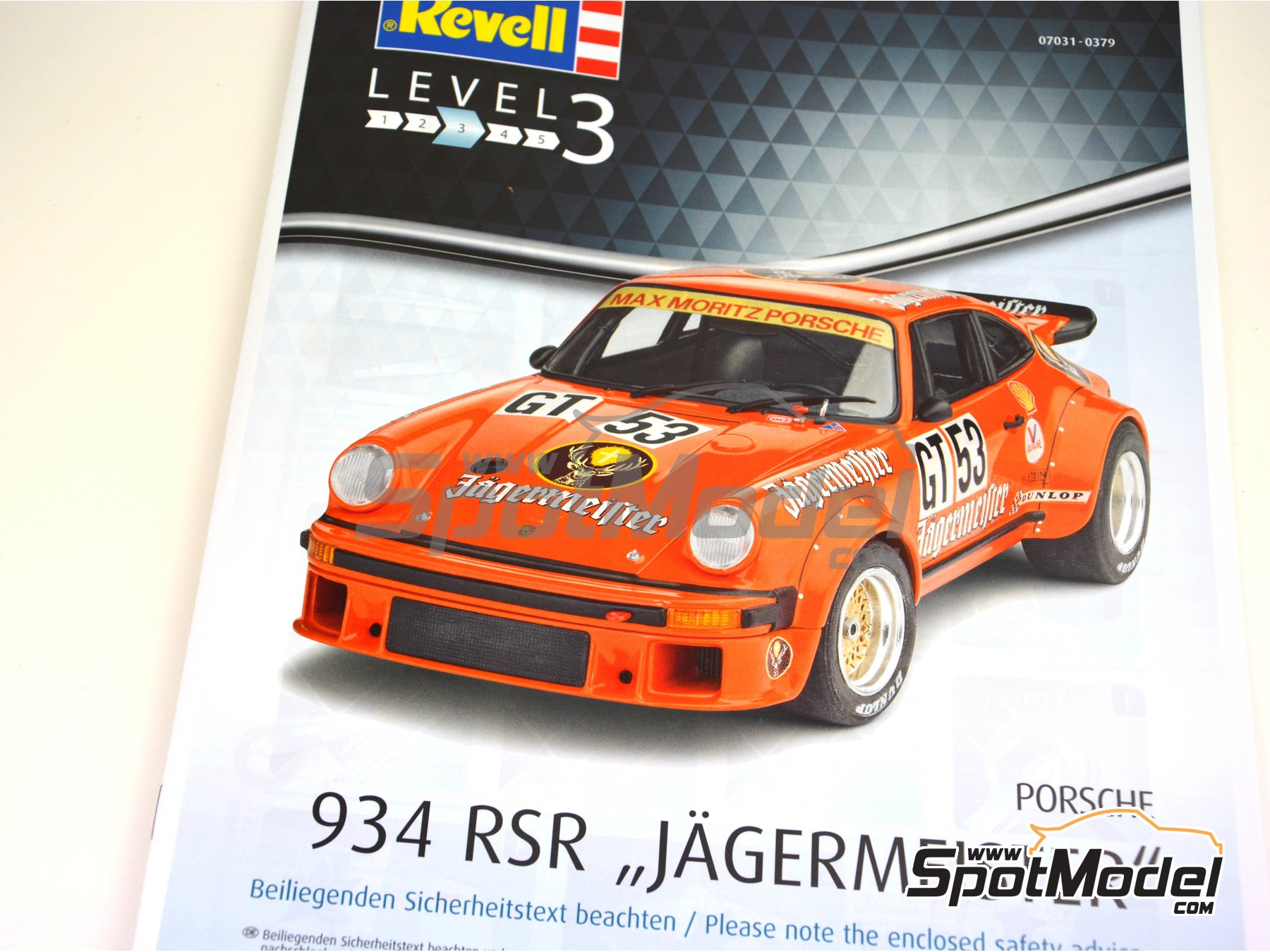 Image 22: Porsche 934 Turbo RSR Group 4 Jägermeister - European GT Championship | Model car kit in 1/24 scale manufactured by Revell (ref. REV07031)