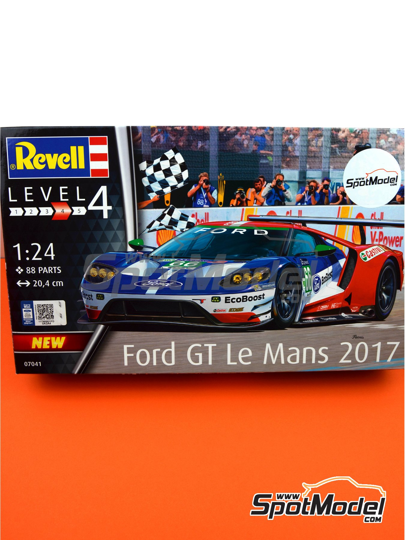 Ford GT - 24 Hours Le Mans 2016 | Model car kit in 1/24 scale manufactured by Revell (ref. REV07041, also 07041) image