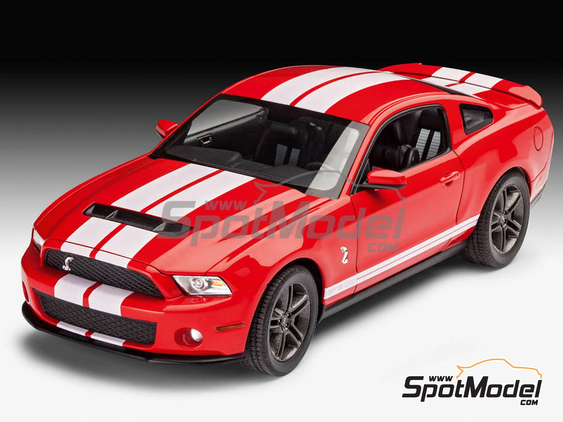 Image 1: Shelby GT500 -  2010 | Model car kit in 1/25 scale manufactured by Revell (ref. REV07044)