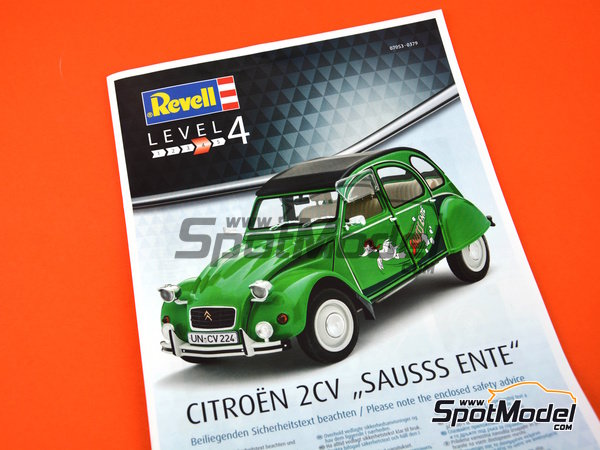 Image 9: Citroën 2CV Sausss Ente | Model car kit in 1/24 scale manufactured by Revell (ref.REV07053)