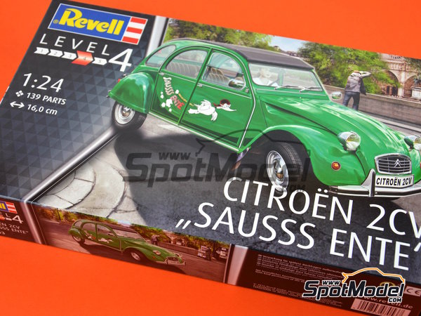 Image 15: Citroën 2CV Sausss Ente | Model car kit in 1/24 scale manufactured by Revell (ref. REV07053)