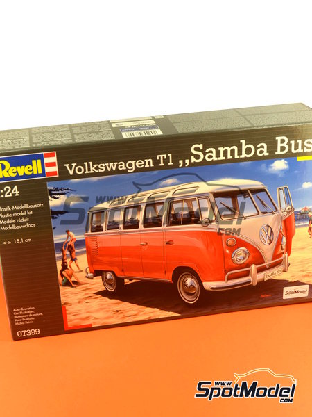 Volkswagen Transporter T1 -  1962 | Model van kit in 1/24 scale manufactured by Revell (ref.REV07399, also 07399) image
