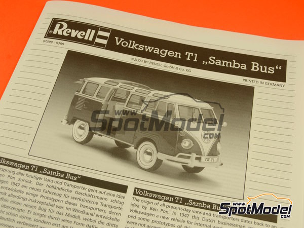 Image 3: Volkswagen Transporter T1 -  1962 | Model van kit in 1/24 scale manufactured by Revell (ref.REV07399, also 07399)