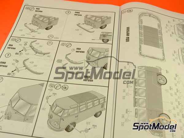 Image 5: Volkswagen Transporter T1 -  1962 | Model van kit in 1/24 scale manufactured by Revell (ref.REV07399, also 07399)