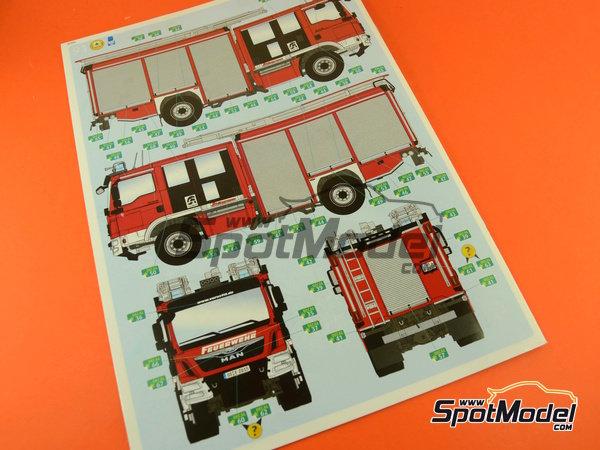 Image 27: MAN TGM / Schlingmann HLF20 VARUS 4x4 | Maqueta de camión en escala1/24 fabricado por Revell (ref.REV07452, tambien 7452)