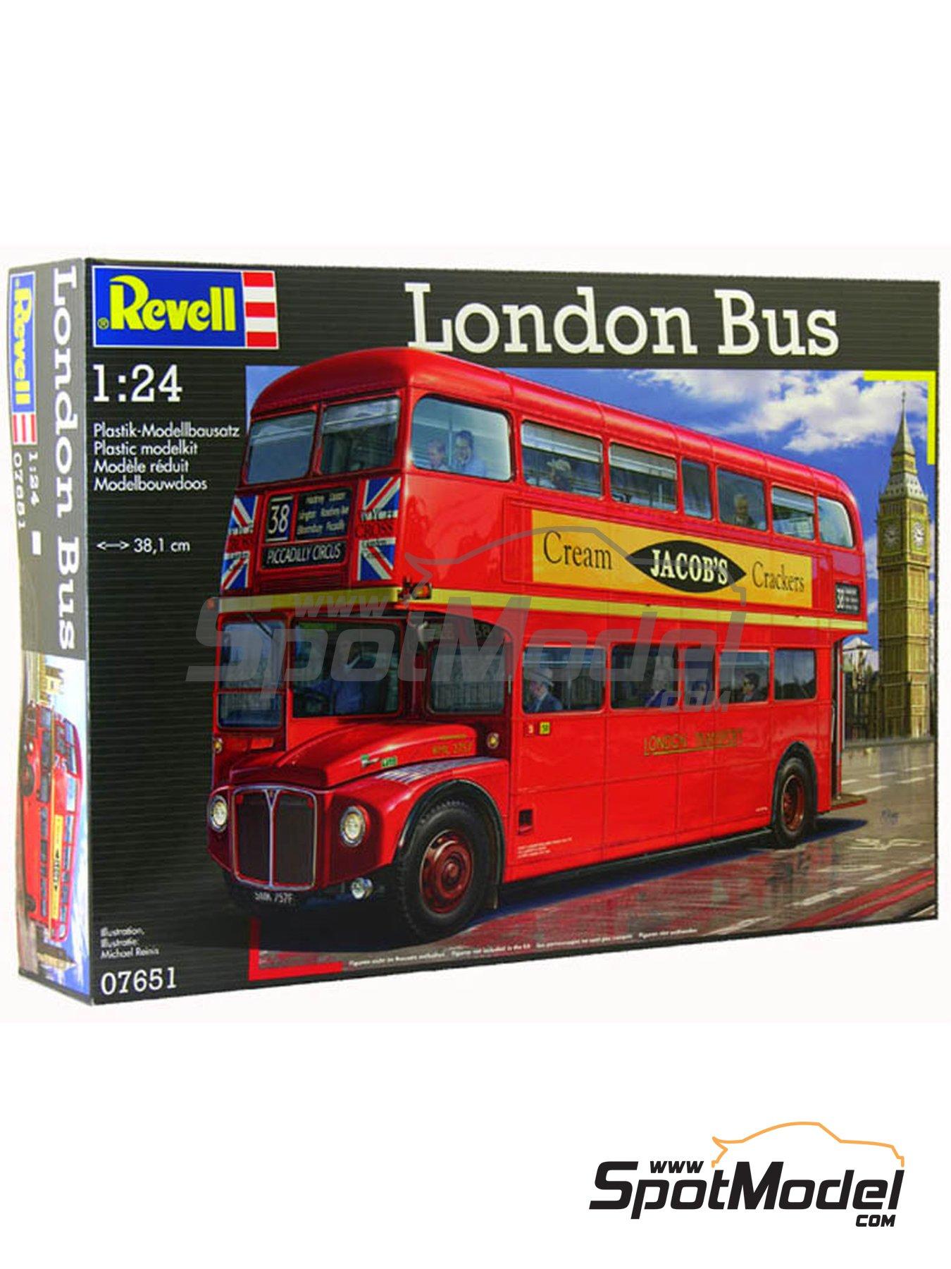 Routermaster bus de Londres | Maqueta de camión en escala1/24 fabricado por Revell (ref.REV07651, tambien 85-7651) image