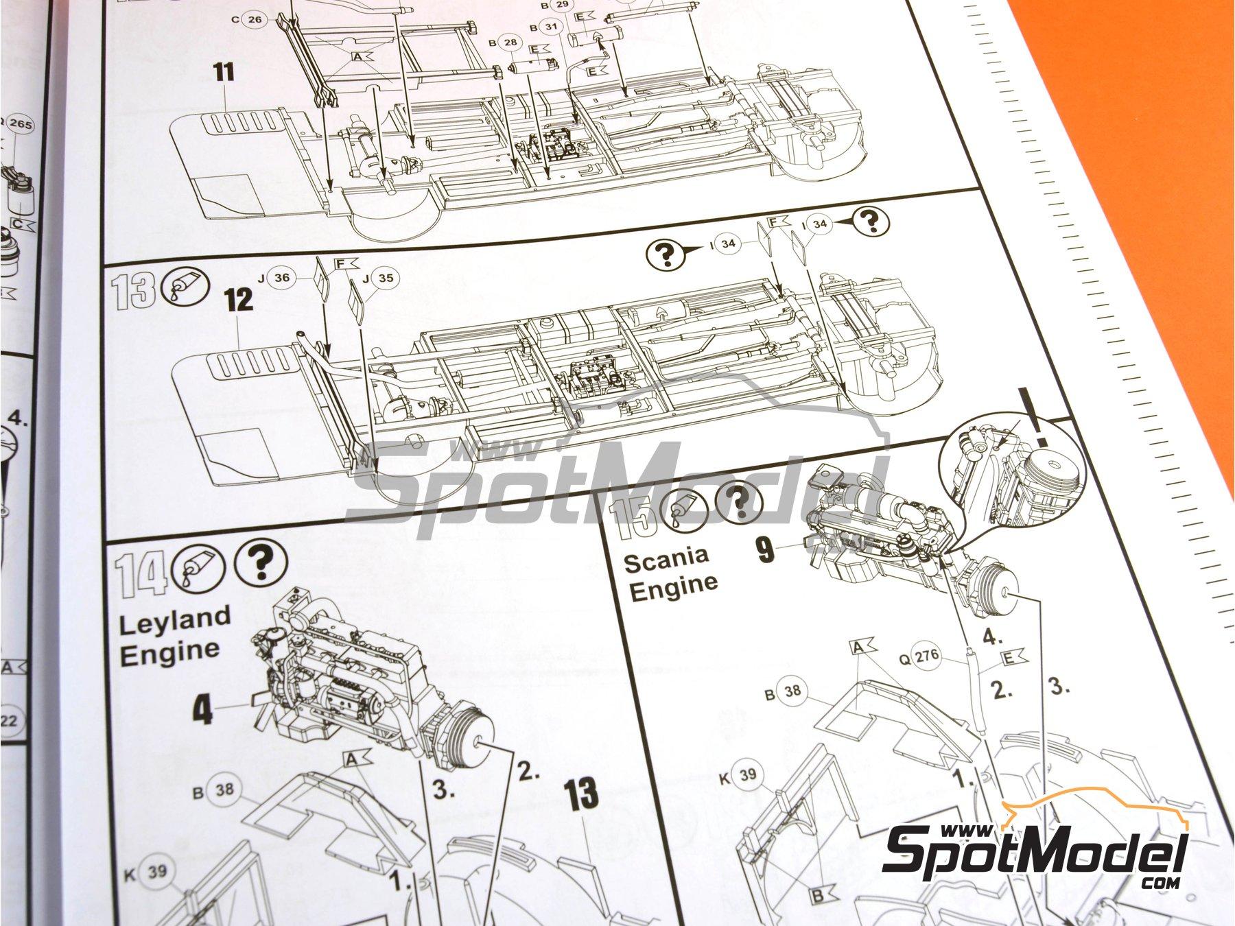 Image 24: Routermaster bus de Londres | Maqueta de camión en escala1/24 fabricado por Revell (ref.REV07651, tambien 85-7651)