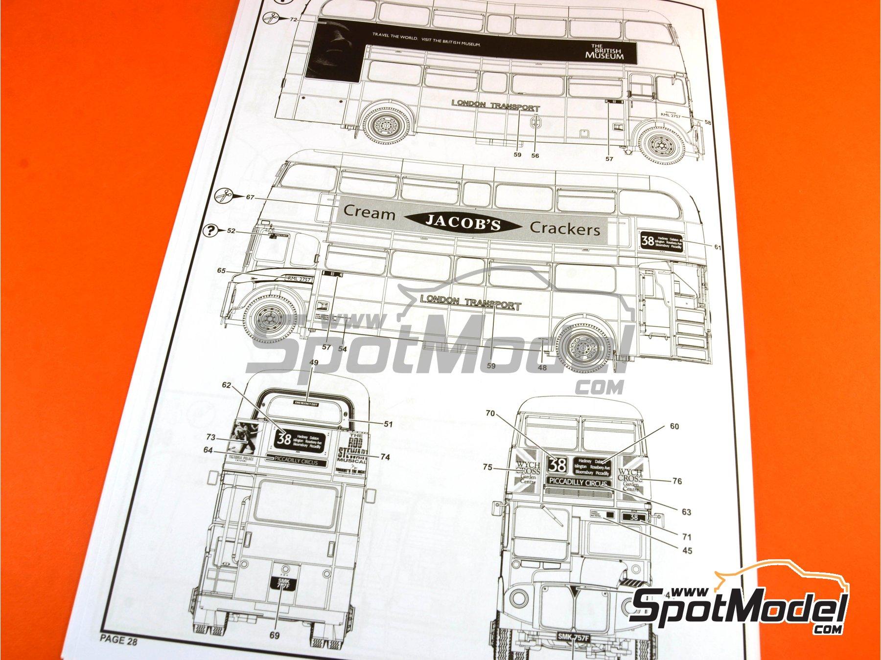 Image 30: Routermaster bus de Londres | Maqueta de camión en escala1/24 fabricado por Revell (ref.REV07651, tambien 85-7651)