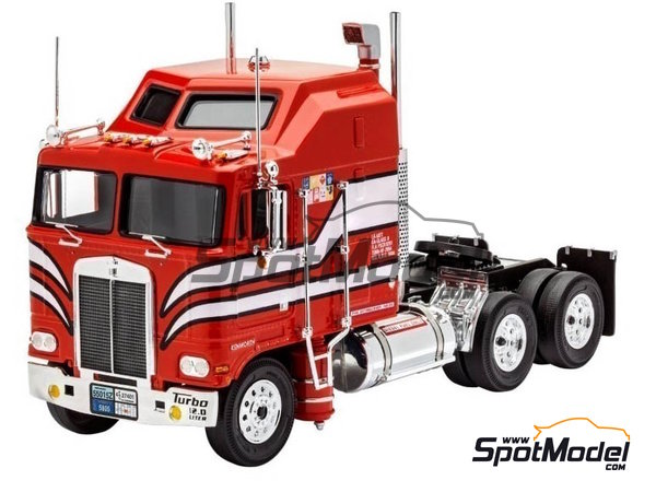 Image 4: Kenworth COE Aerodyne | Model truck kit in 1/32 scale manufactured by Revell (ref. REV07671)