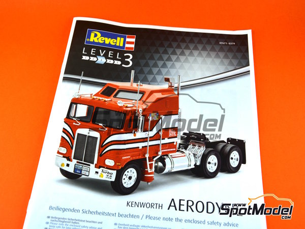 Image 12: Kenworth COE Aerodyne | Model truck kit in 1/32 scale manufactured by Revell (ref. REV07671)
