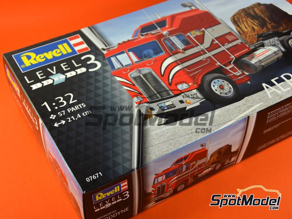 Image 16: Kenworth COE Aerodyne | Model truck kit in 1/32 scale manufactured by Revell (ref. REV07671)