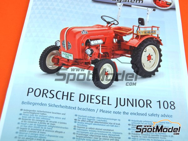 Image 8: Porsche Diesel Junior 108 tractor | Model tractor kit in 1/24 scale manufactured by Revell (ref. REV07820)