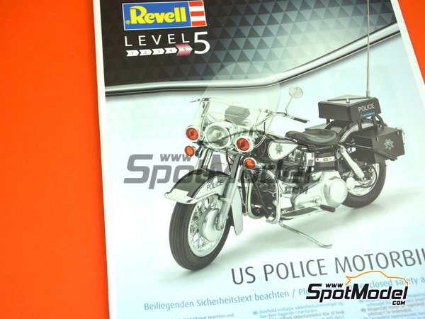Image 7: US Police Harley Davidson | Model bike kit in 1/8 scale manufactured by Revell (ref. REV07915, also 07915 and 80-7915)