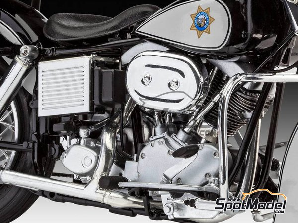 Image 14: US Police Harley Davidson | Model bike kit in 1/8 scale manufactured by Revell (ref. REV07915, also 07915 and 80-7915)