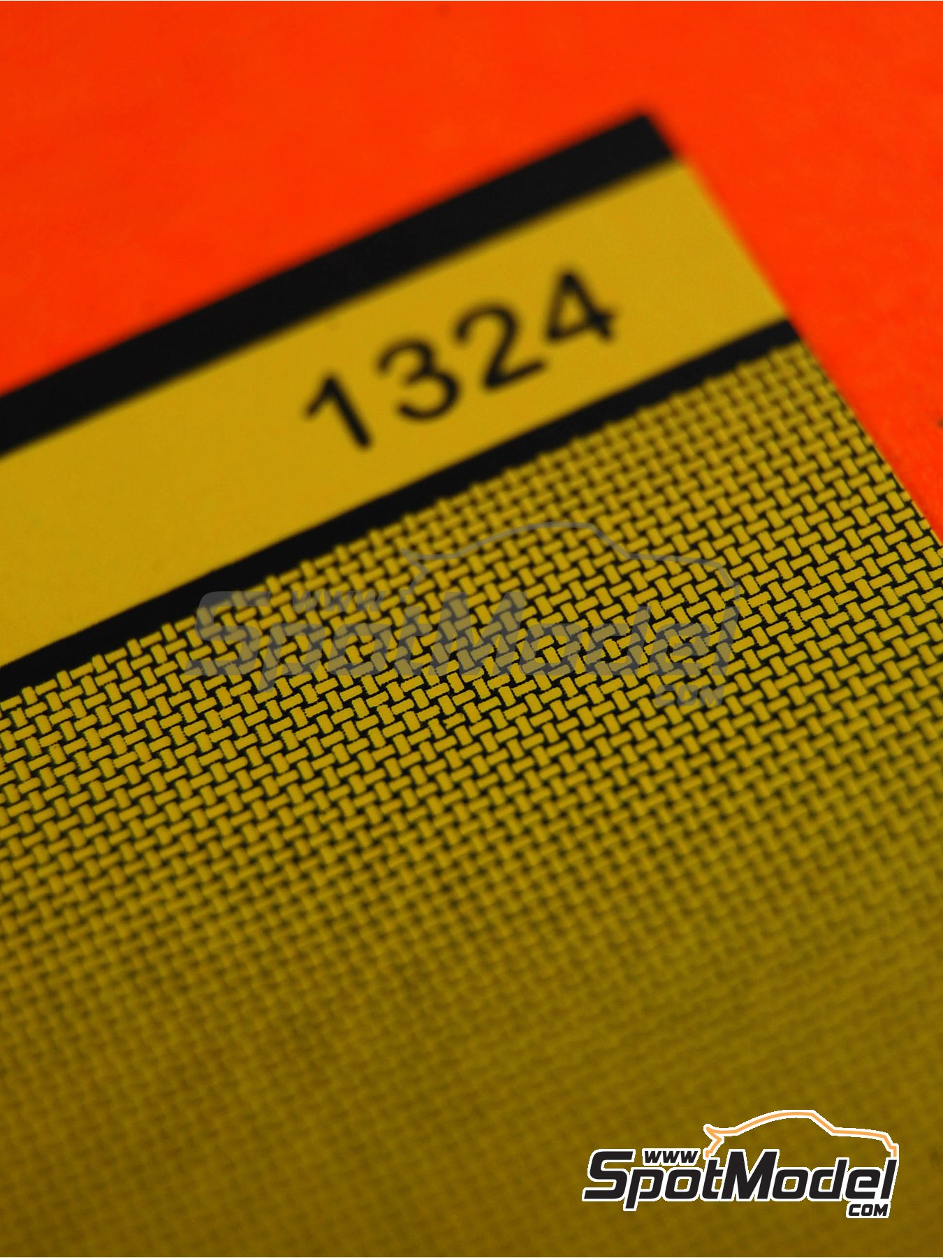 Medium size basket weave Kevlar pattern in yellow on black | Decals in 1/24 scale manufactured by Scale Motorsport (ref. SM1324, also 1324) image