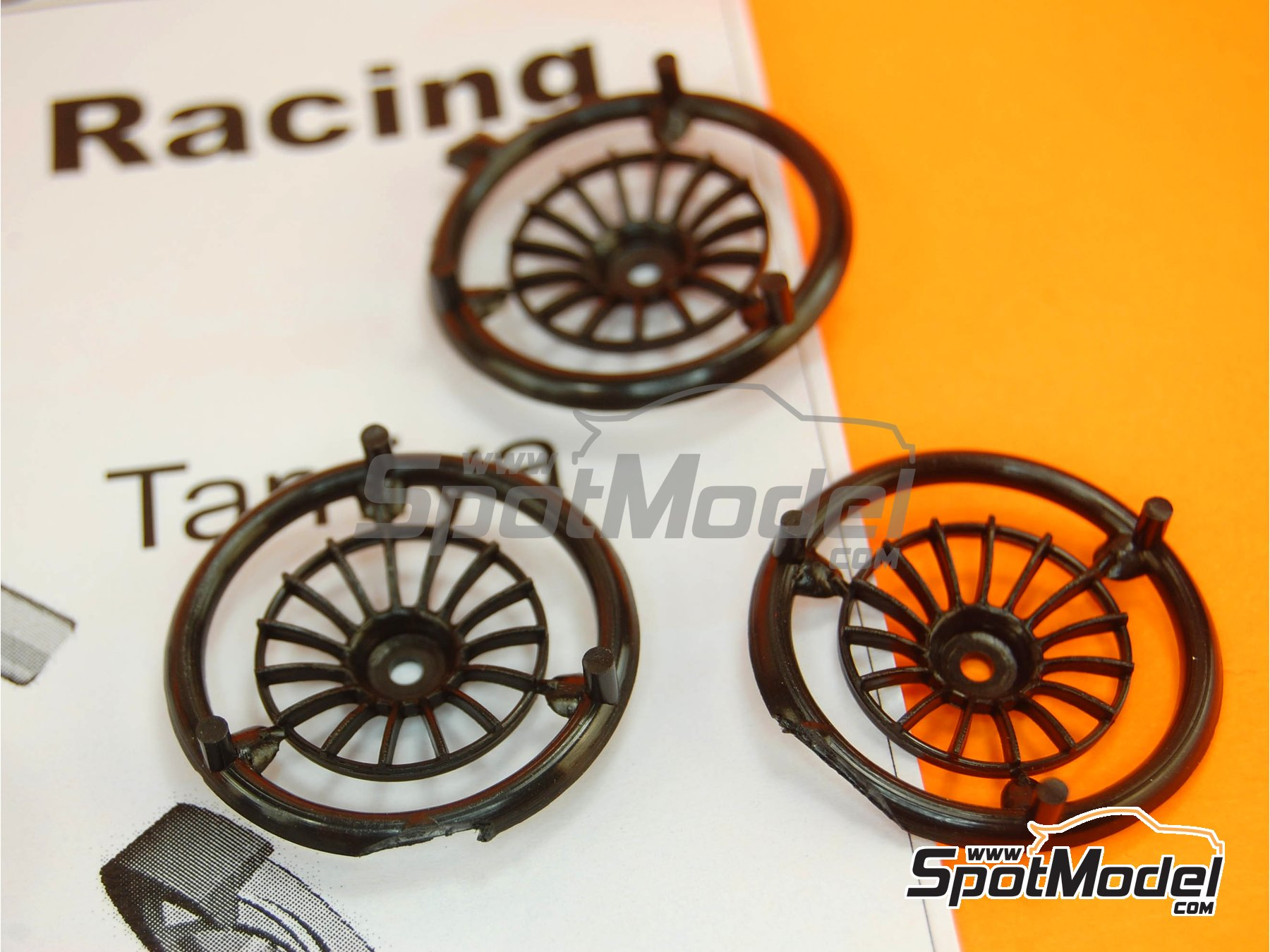 Image 2: OZ Racing 18 inches | Rims in 1/24 scale manufactured by Scale Production (ref. SPRF24029S)
