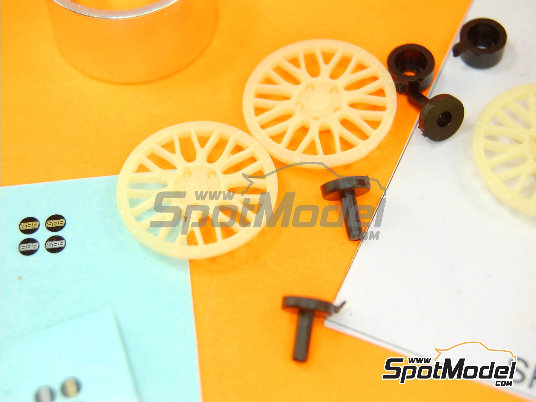 Image 5: BBS Le Mans 19 inches | Rims in 1/24 scale manufactured by Scale Production (ref.SPRF24032)