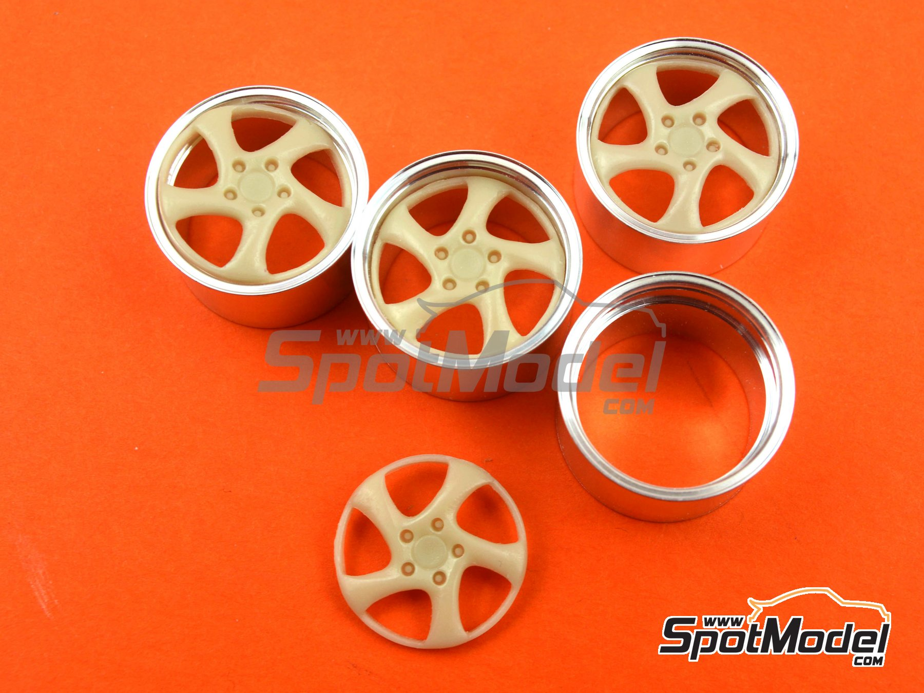 Image 1: 19'' Porsche Turbo   Rims in 1/24 scale manufactured by Scale Production (ref.SPRF24044)