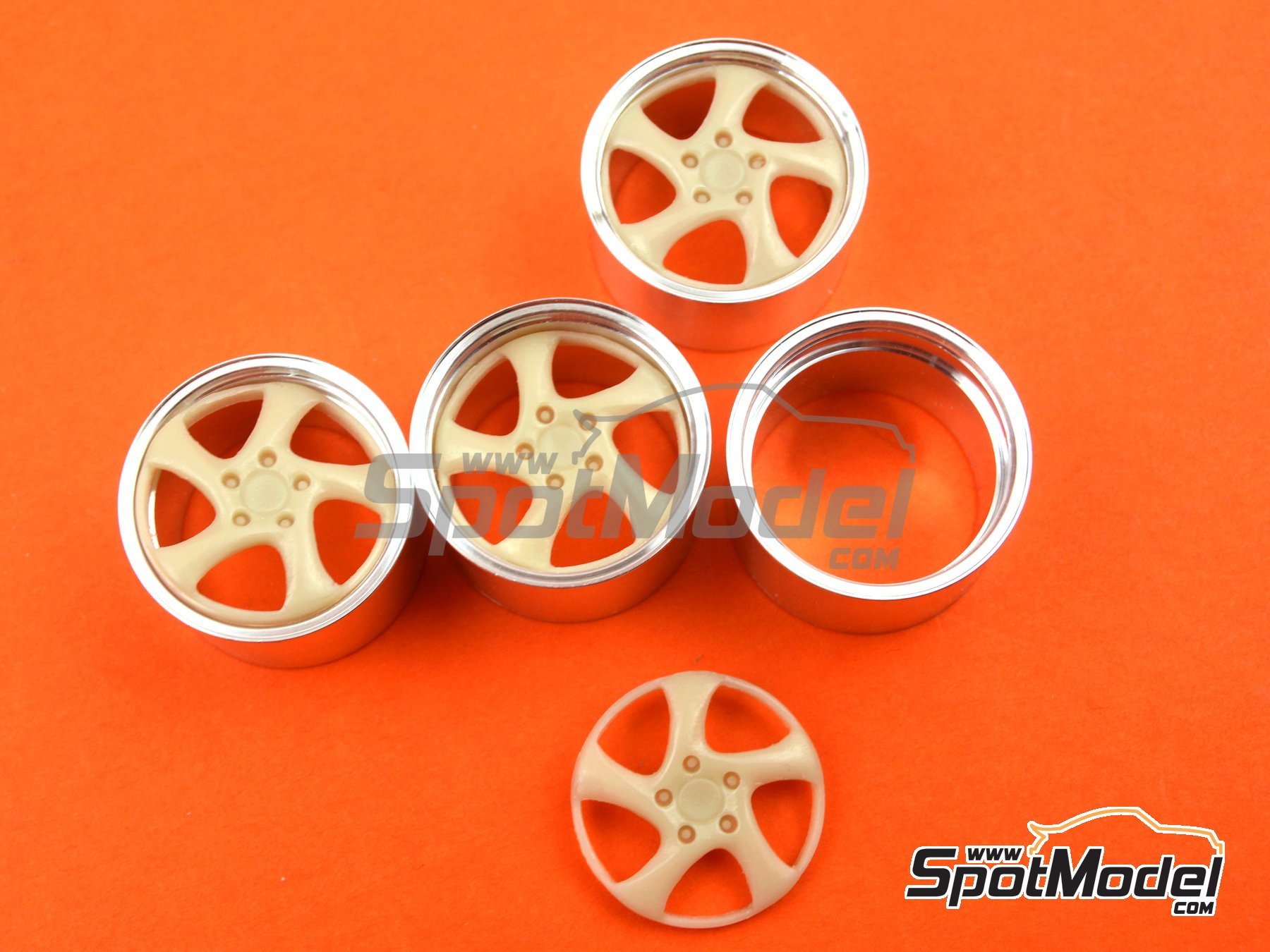 Image 2: 19'' Porsche Turbo   Rims in 1/24 scale manufactured by Scale Production (ref.SPRF24044)