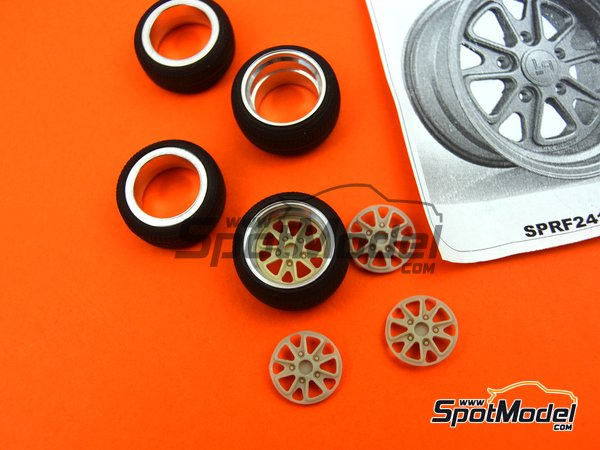 Image 2: 17 inches fifteen52 outlaw rim with Toyo stretch wall tyres | Rims and tyres set in 1/24 scale manufactured by Scale Production (ref.SPRF24103-TOYO)