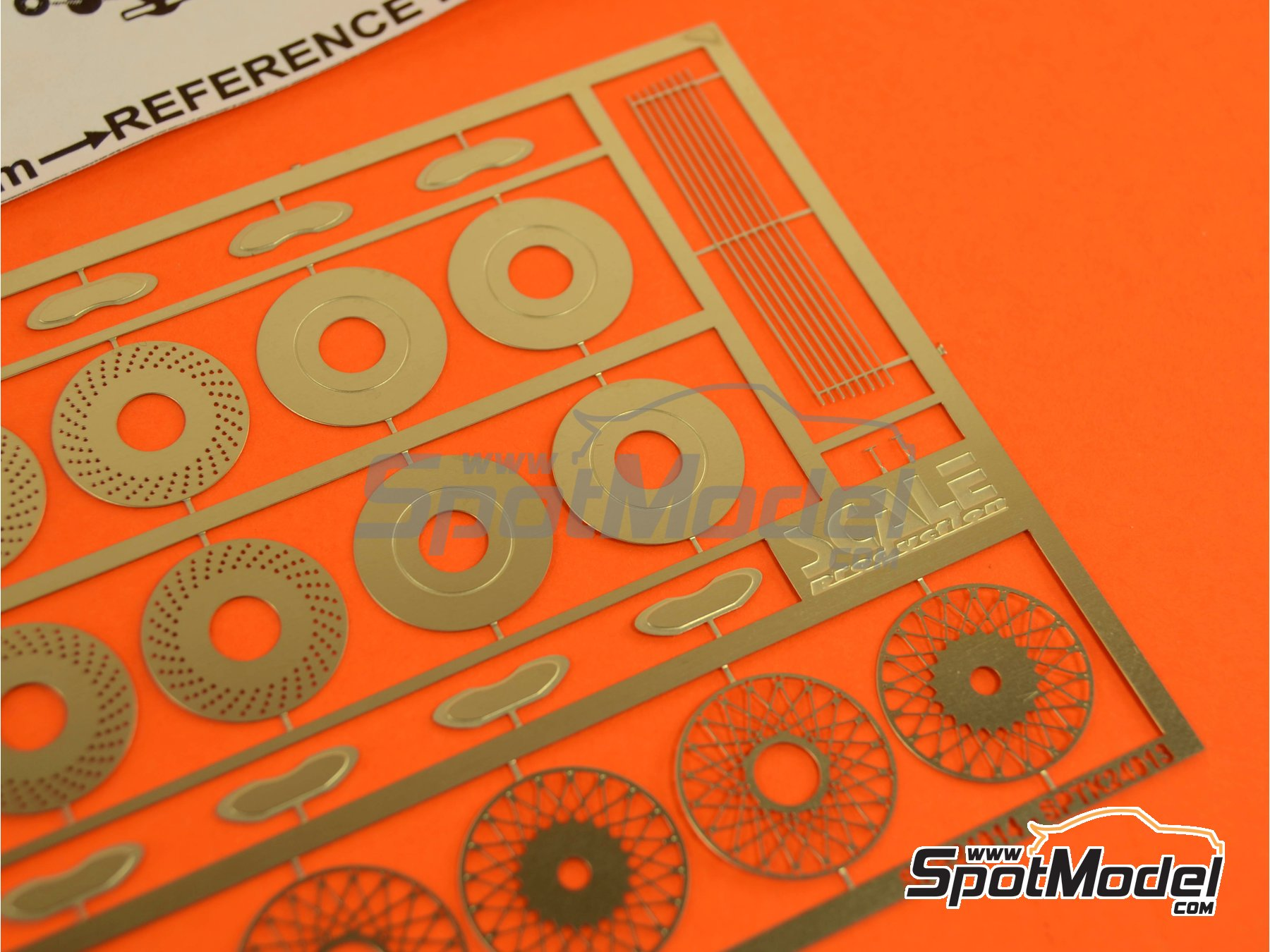 Image 8: BMW M1 | Detail up set in 1/24 scale manufactured by Scale Production (ref.SPTK24013)